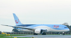 Tui 787-8 arriving from Beirut (BEY) to bring troops home